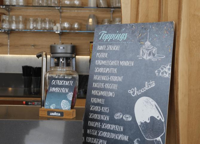 chalk-board-topping-list
